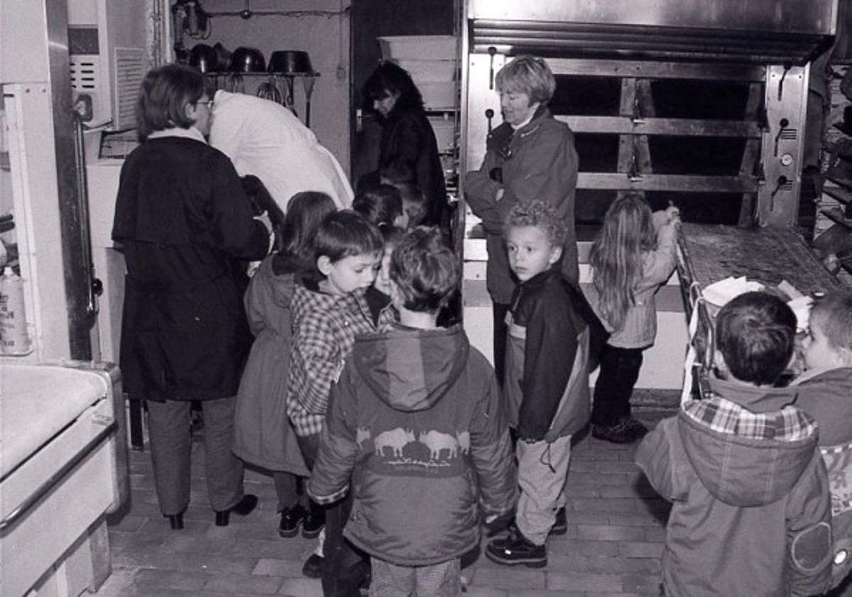Les enfants de la maternelle du Batzenthal à Algrange chez le boulanger