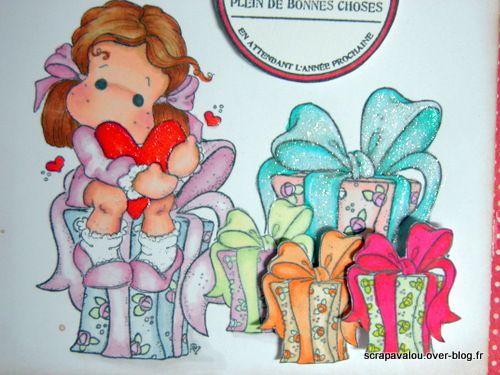 Carte magnolia &quot&#x3B;joyeux anniversaire&quot&#x3B;:Tilda et les cadeaux