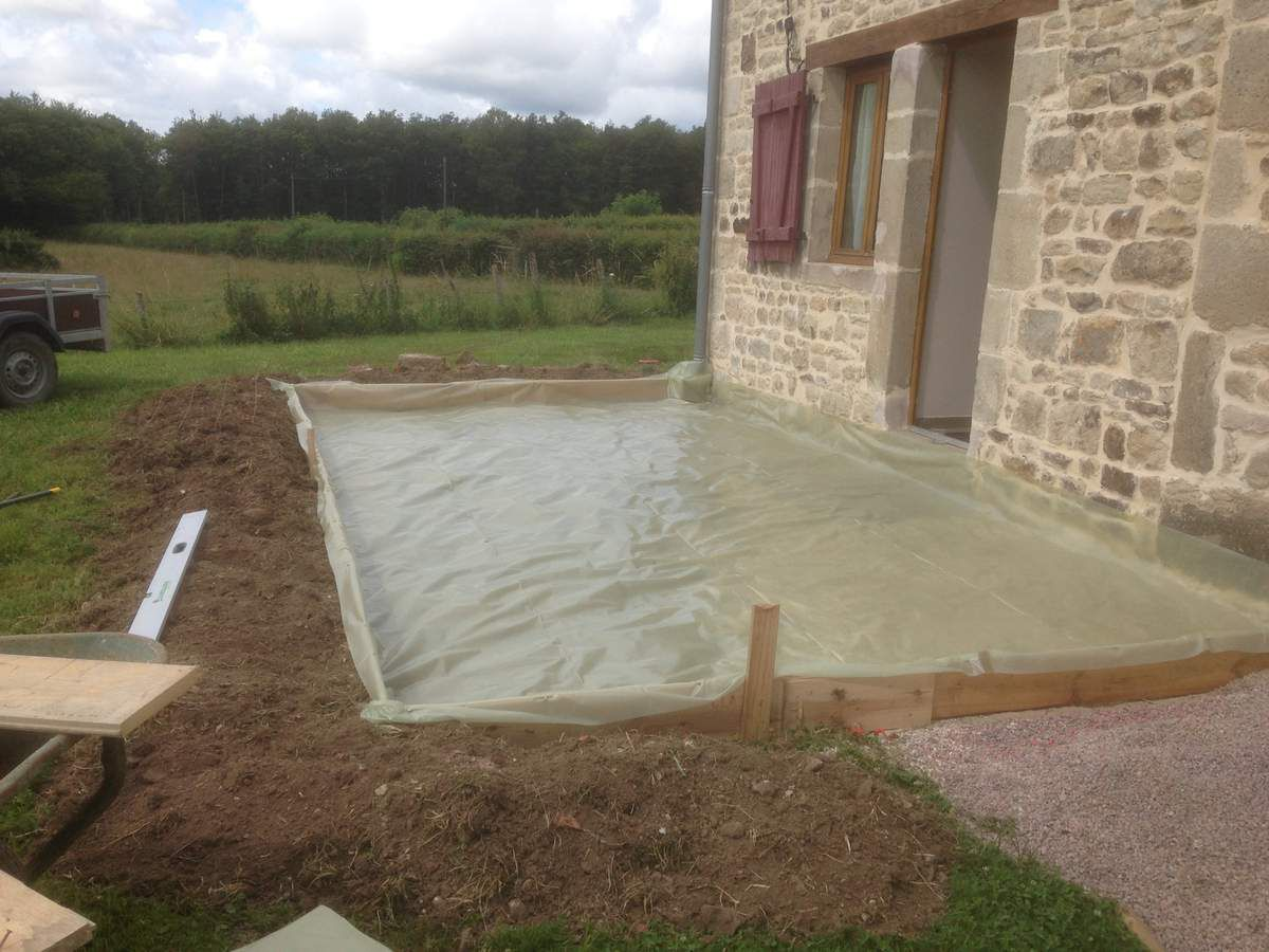 Cr ation d 39 une terrasse b ton carrelage le blog de fred for Poser carrelage terrasse dalle beton