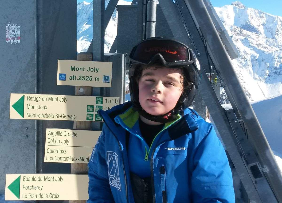 Un peu d'alpinisme pour Hugo: montée au sommet du Mont-Joly !