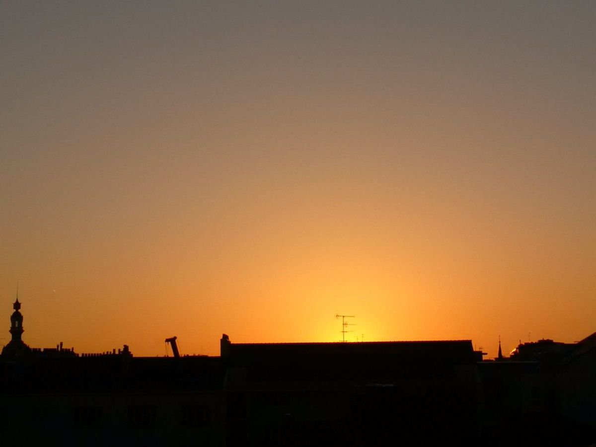 Lever de soleil du 19/06/2014 - Nantes 06:25 AM - BlackBerry Z30