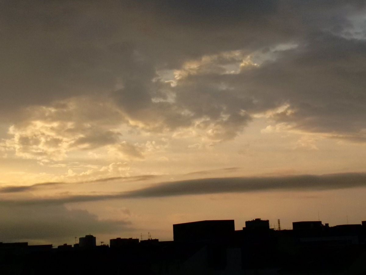 Sunrise 20/07/2014 - Nantes 07:09 AM - BlackBerry Z30