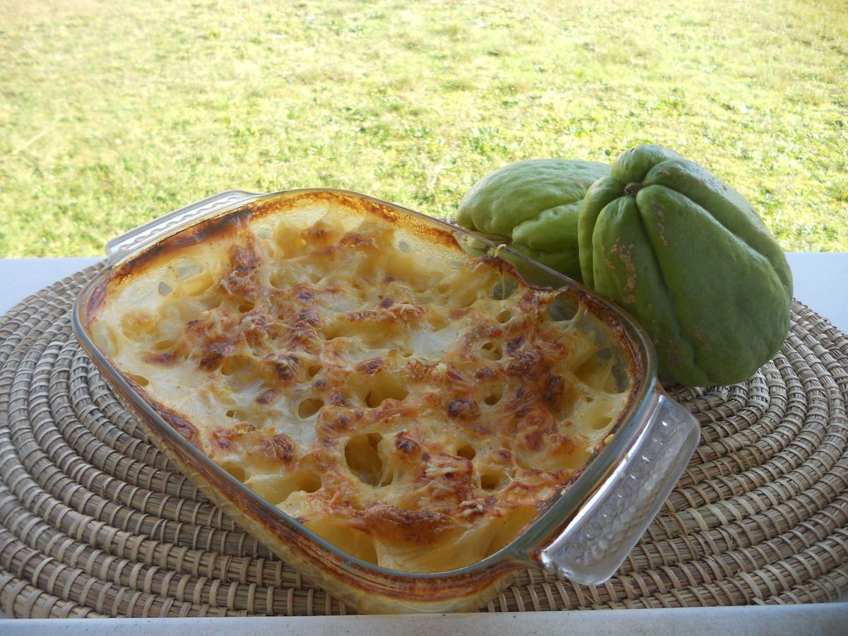 Gratin de christophines lolan a table - Cuisiner des christophines ...