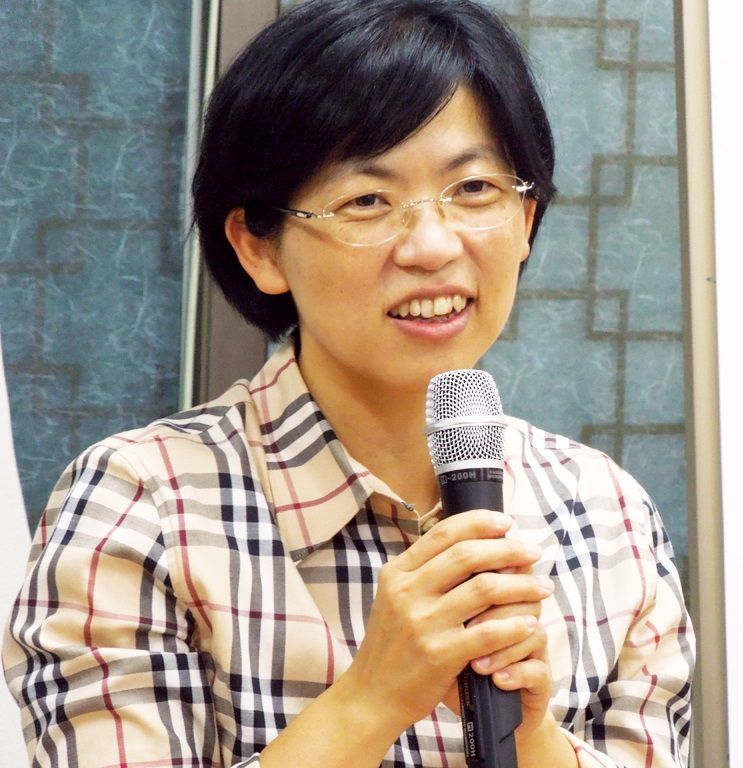"""La dirigeante du PPU, désormais interdit, Lee Jung-hee a dénoncé dans la décision autoritaire de la Cour constitutionnelle l'avènement d'une """"ère sombre"""" pour la Corée du Sud."""