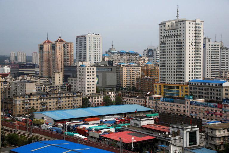 La ville de Dandong, à la frontière sino-coréenne, est l'un des principaux points de passage des échanges entre la Chine et la RPD de Corée.