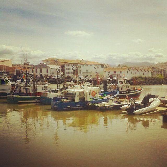 Le petit port de Saint Jean de Luz