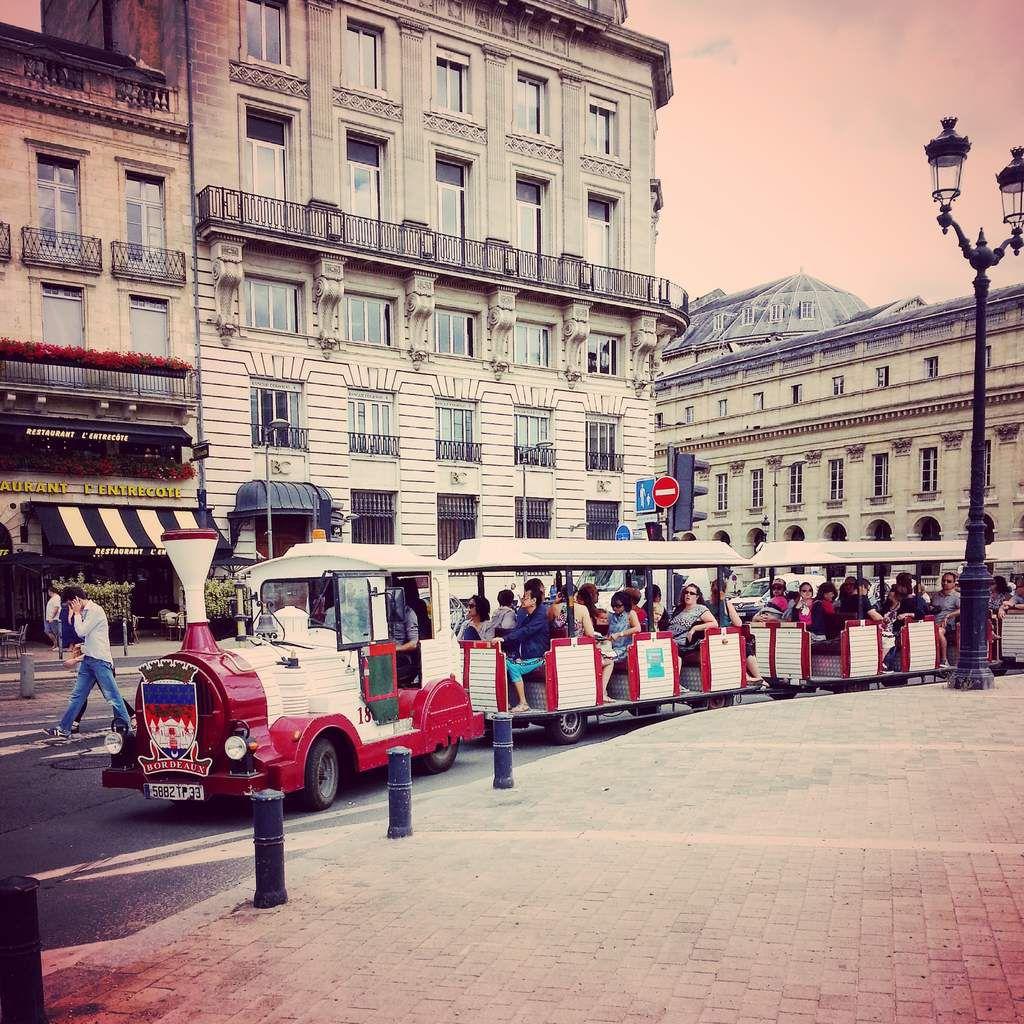 Un tour de Bordeaux en petit train: jouer les touristes dans sa ville, c'est super sympa aussi!