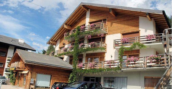Pour des vacances d'hiver ou d'été dans les Alpes Suisses !