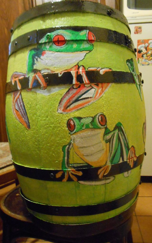Huit grenouilles