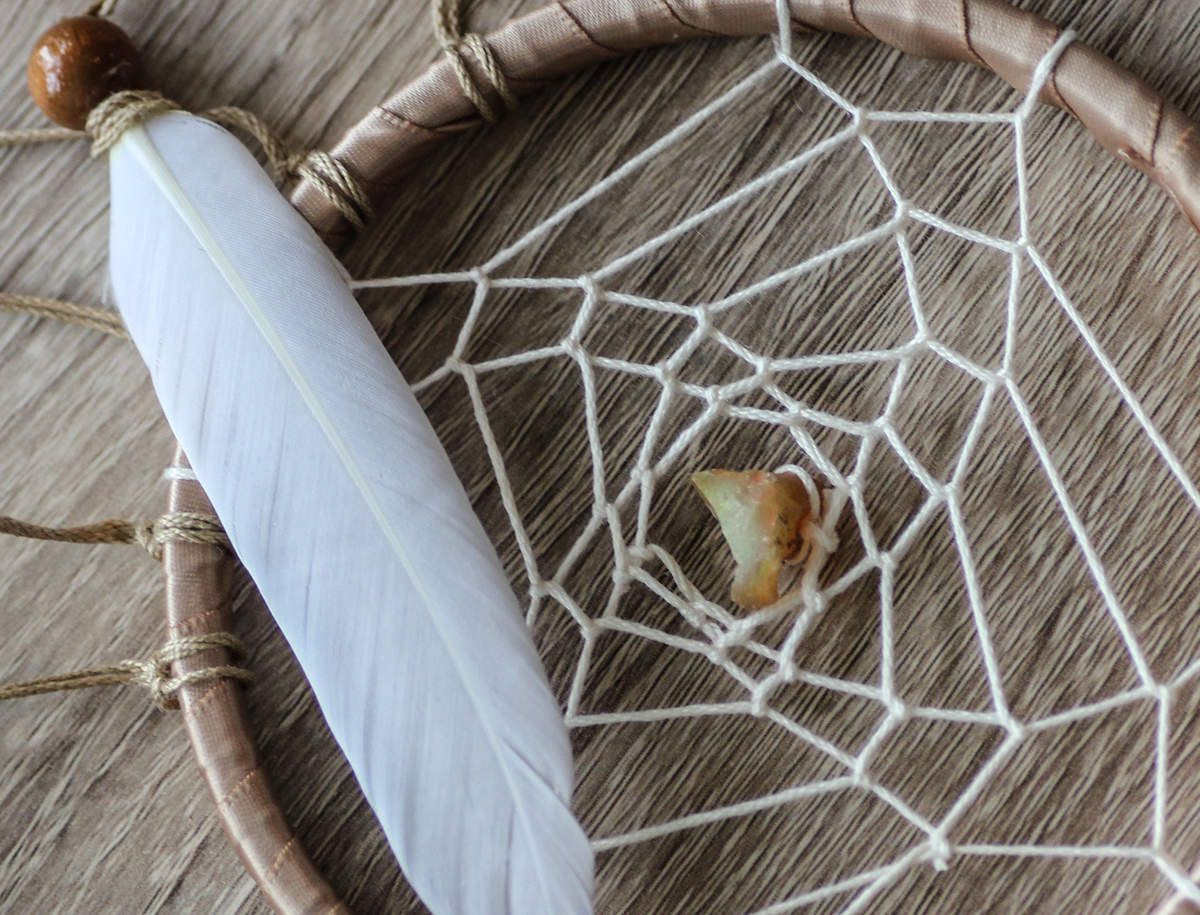 dreamcatcher pierre (opale noble) et plume