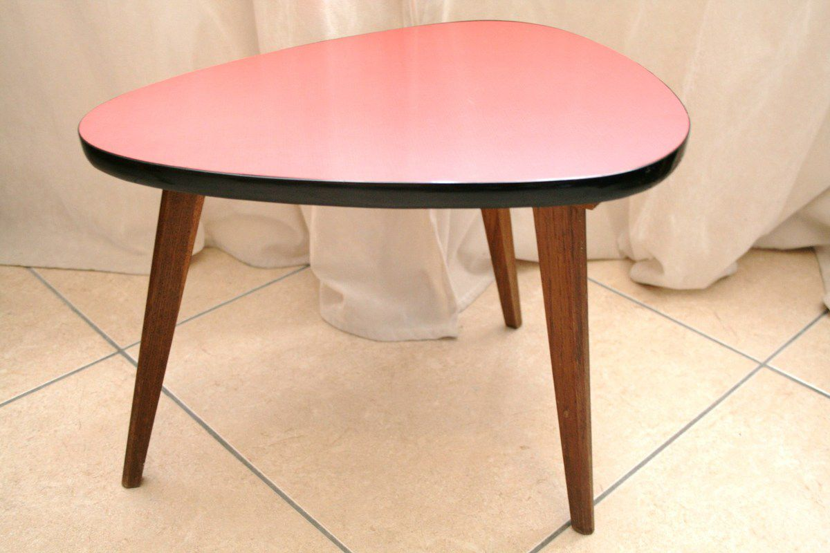 petite table tripode formica rouge ann es 60 vintage. Black Bedroom Furniture Sets. Home Design Ideas