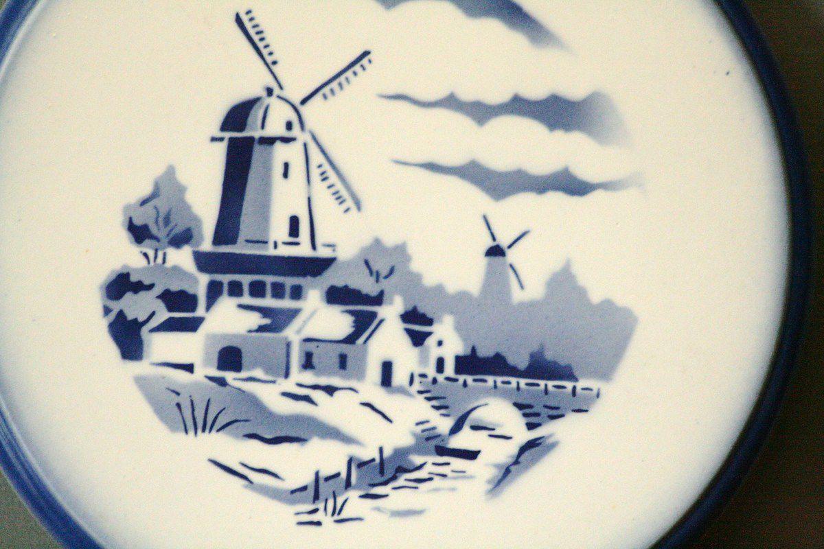 Dessous de plat Céranord St Amand décor moulin