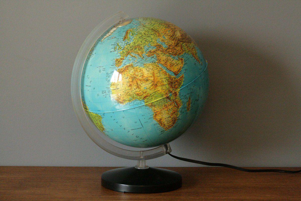 Globe terrestre lumineux Jacqueline Levi Spivakoff Années 70 - Vintage