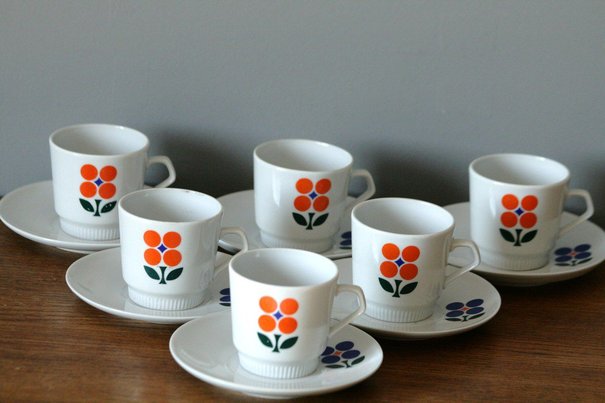 lot de 6 tasses caf made in gdr ann es 70 vintage vintage family. Black Bedroom Furniture Sets. Home Design Ideas