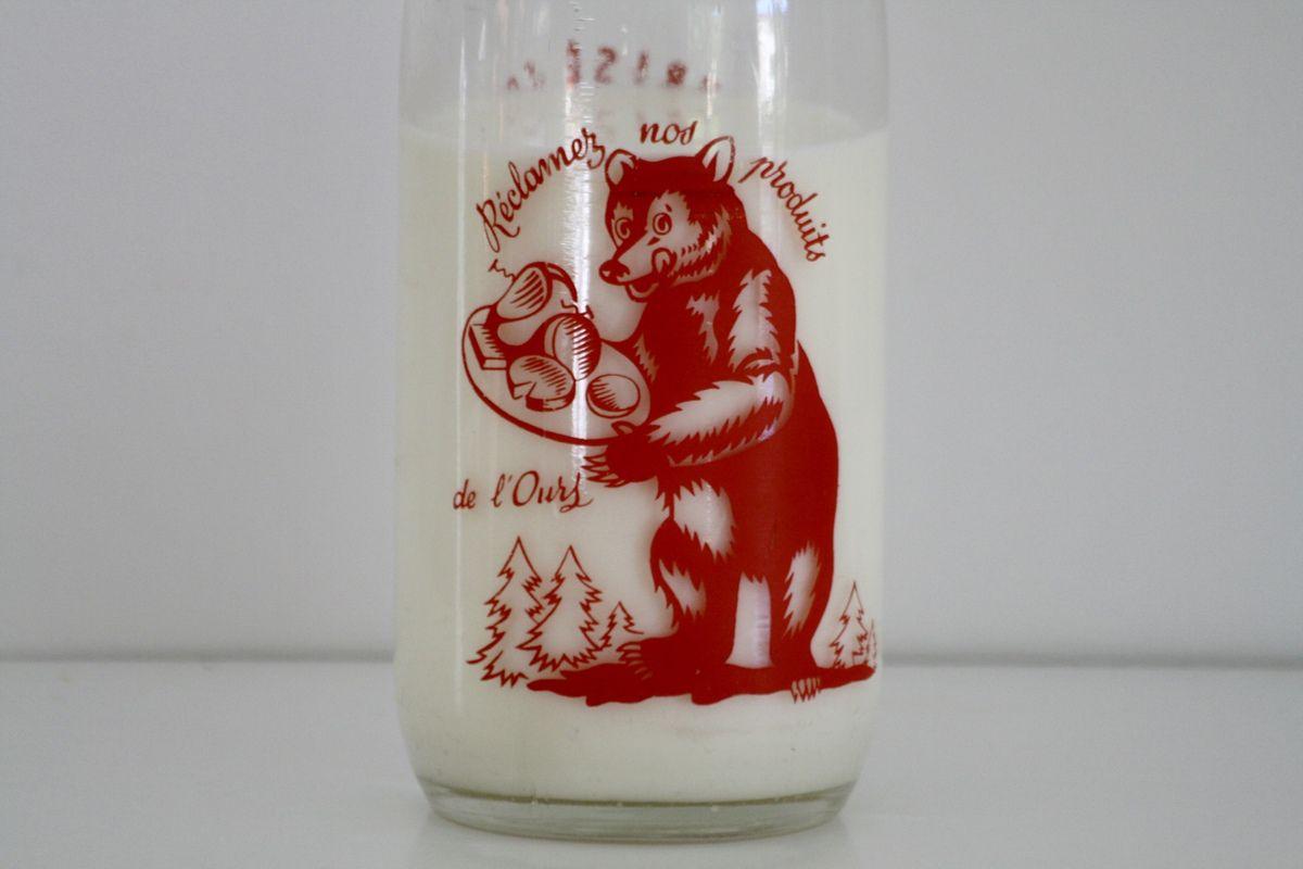 Bouteilles de lait anciennes Années 60 - Vintage