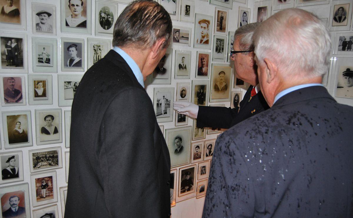 Photographies : Jean-Luc Le Bris et Jean-Jacques Tréguer
