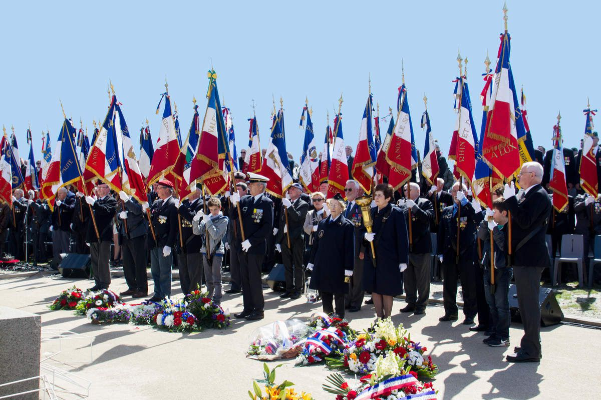 16 mai 2015 - La Flamme de la Nation au Mémorial National des Marins Morts pour la France