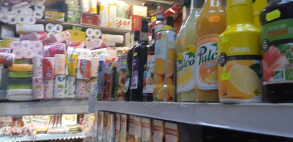 Supermarché le soir---superette du soir--