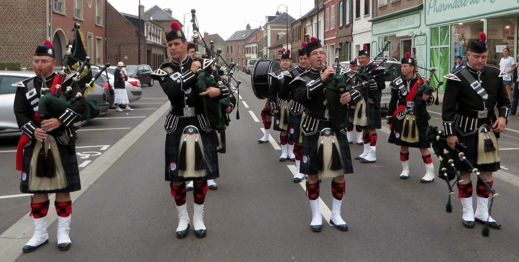 The SAMAROBRIVA PIPES & DRUMS