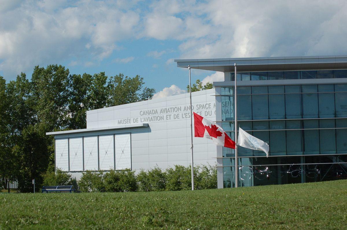 Exposition Star Trek ( musée canadien de l'aviation)