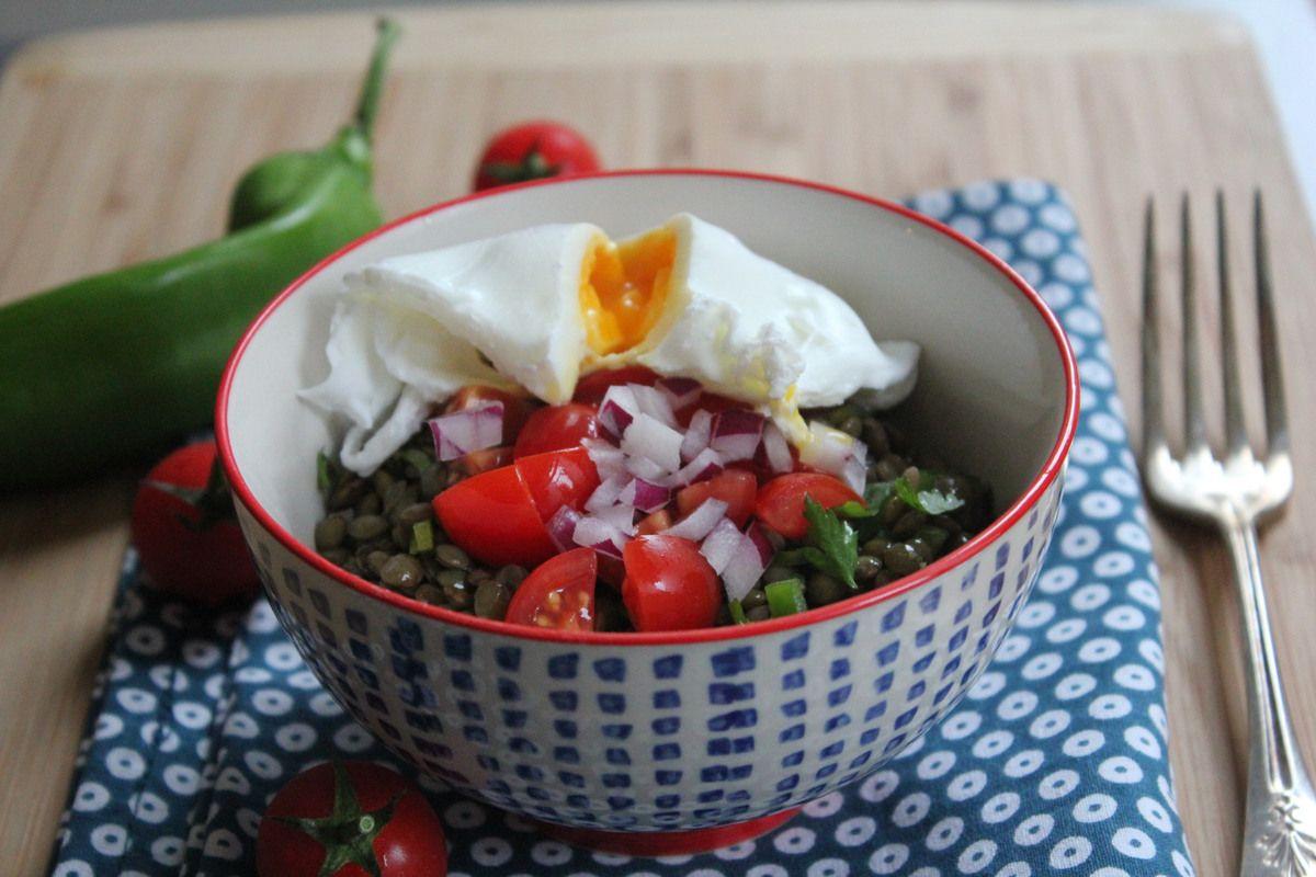 Salade de lentilles vertes du Puy et oeufs pochés sans gluten