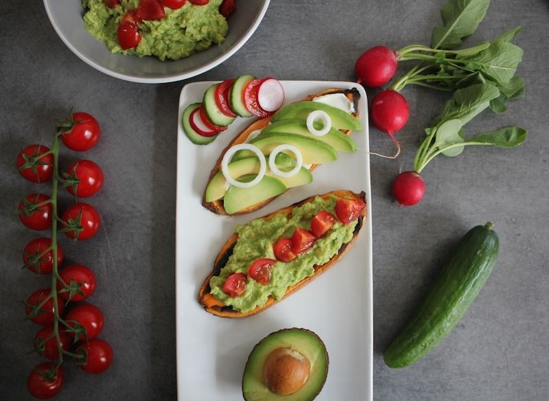 Toasts de patate douce naturellement sans gluten et guacamole
