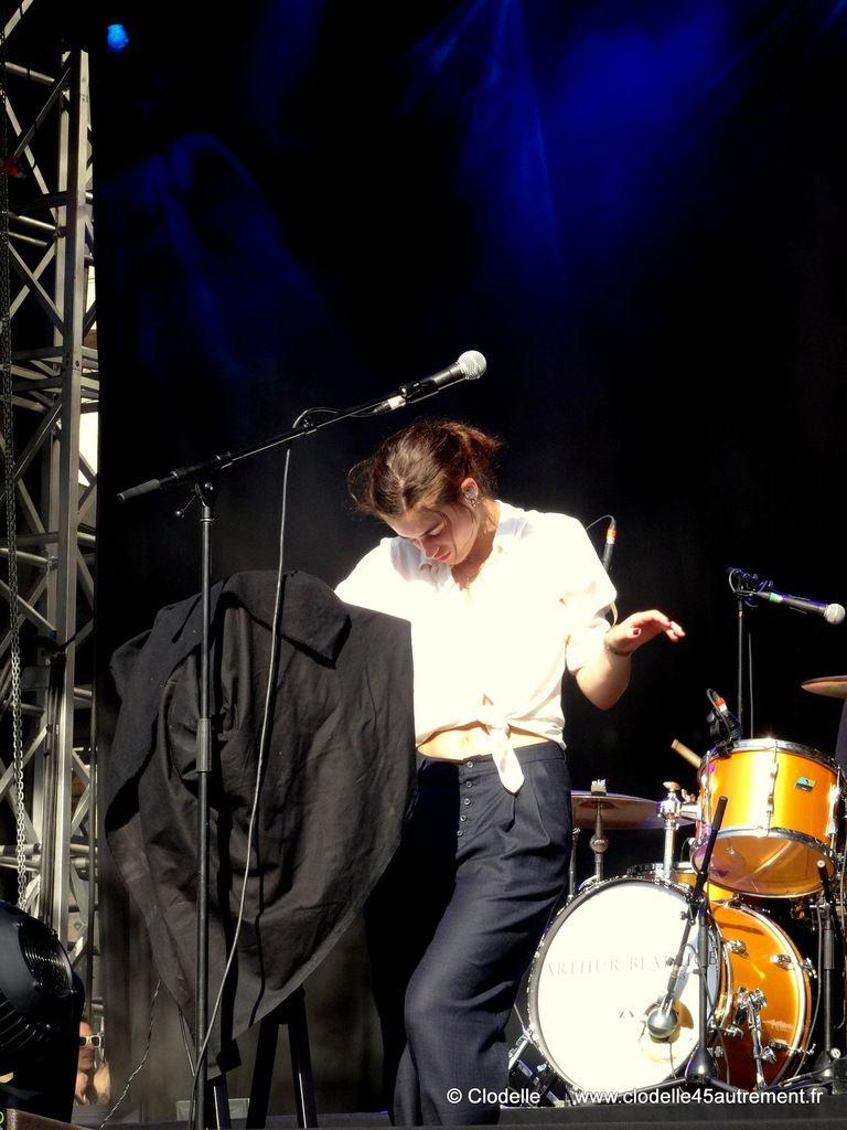 - FESTIVAL FNAC LIVE 2014 : images du concert d' ARTHUR BEATRICE