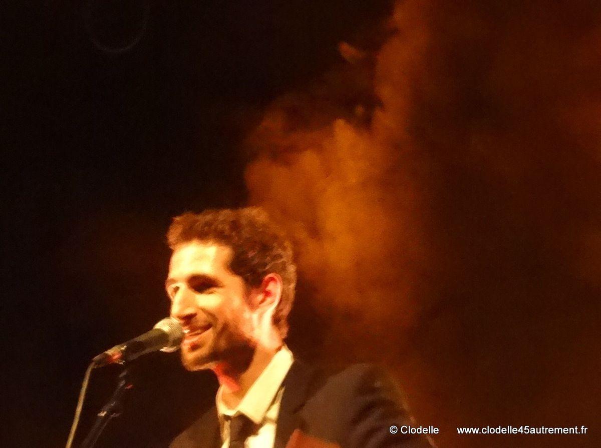PHOTOS DE RUE DES ANGES en concert à ST JEAN DE LA RUELLE 10 avril 2015