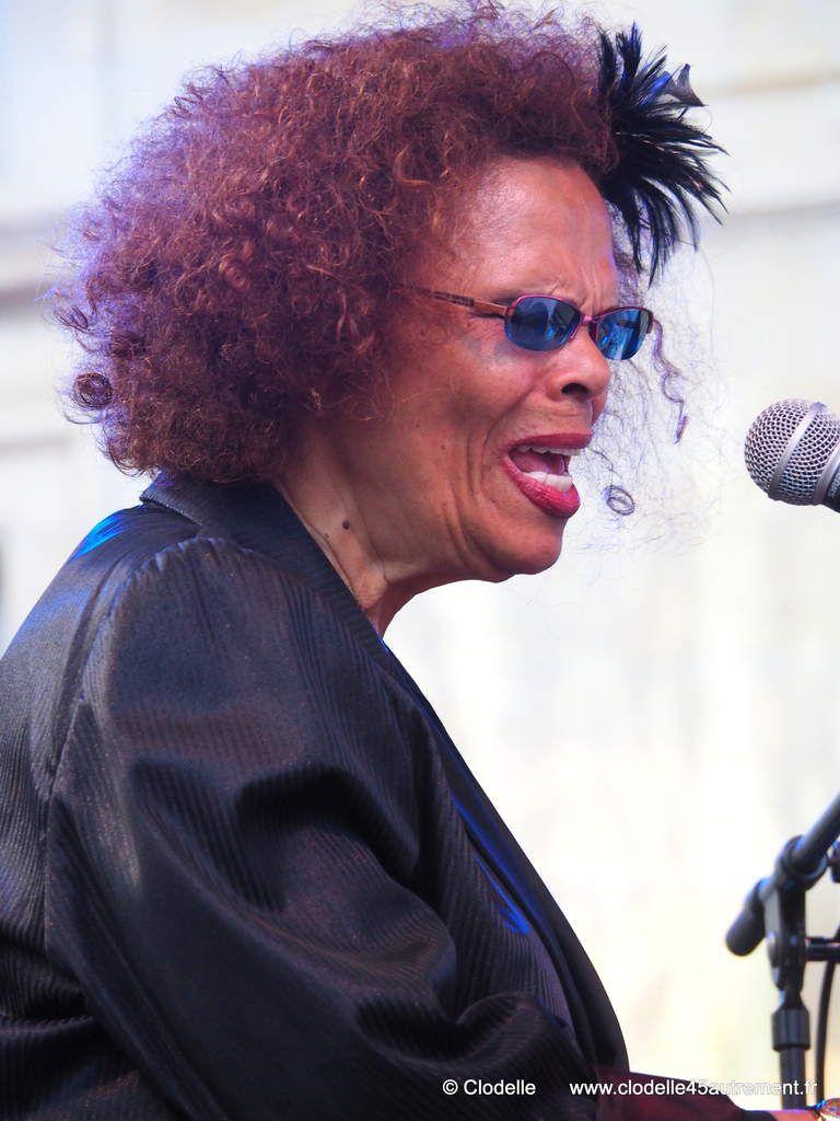 Avec TANIA MARIA Orléans s'envole vers un Brésil joliment jazzy