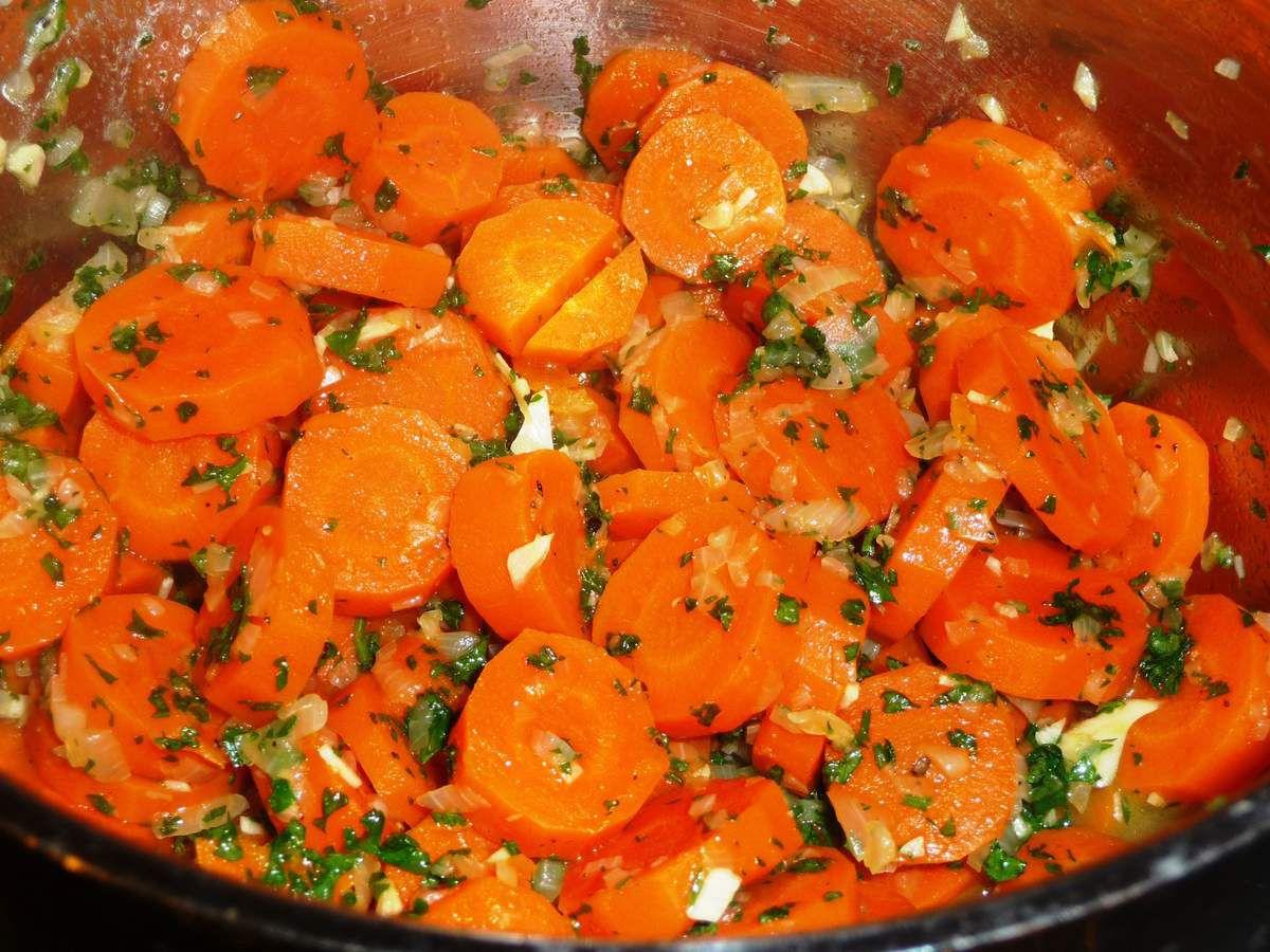 Carottes persill es l 39 ail et oignon les recettes de virginie - Cuisiner des carottes a la poele ...