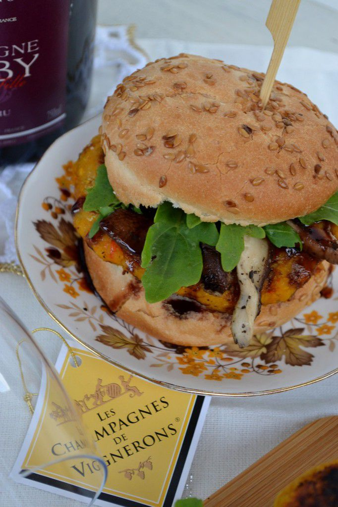 Burger vegan d'automne potimarron châtaigne {1 bouteille de Champagne des Vignerons à gagner}