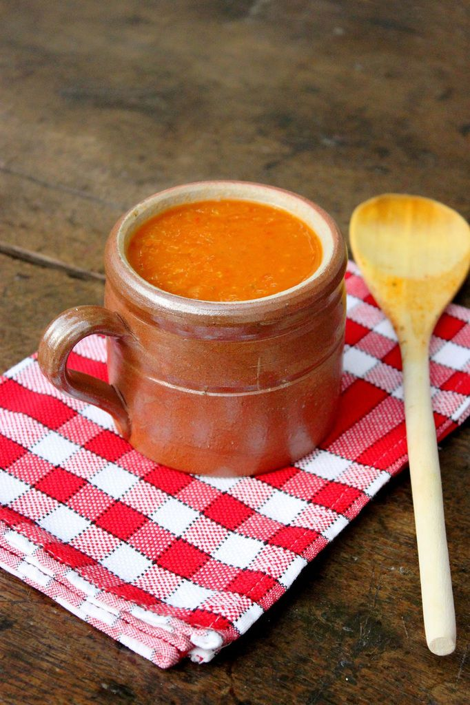 Soupe à la tomate et aux vermicelles