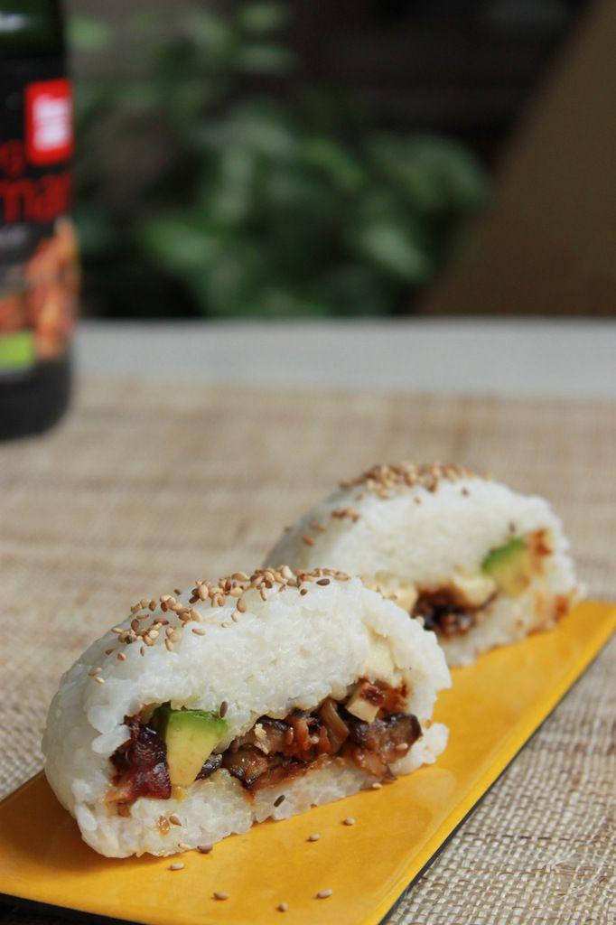 Sushi dome (farci aux shiitakes, tofu et avocat) + vidéo