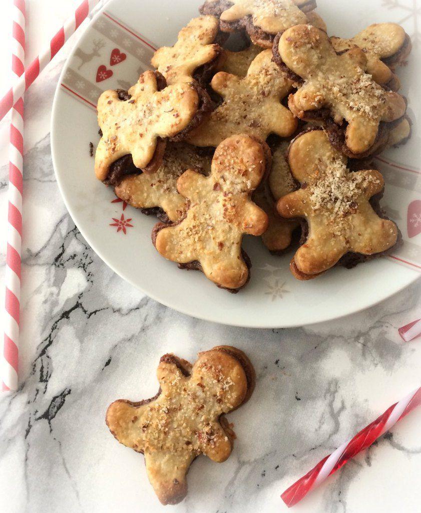Petits biscuits fourrés à la pâte à tartiner Nocciolata