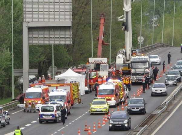 accident sur la VRU du 13 avril 2012 / Photo DL