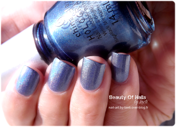 ♥ China Glaze, Strap On Your Moonboots.