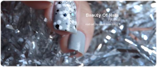 ♥ Nail Art, Petites fleurs.
