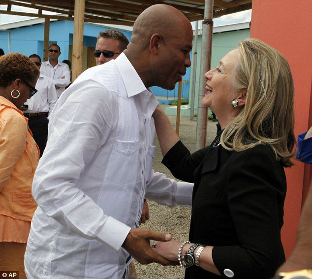 Martelly et Hilary Clinton
