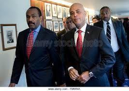 S. Lucas et Martelly