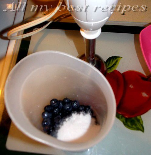 Verrines de mousse a la myrtille