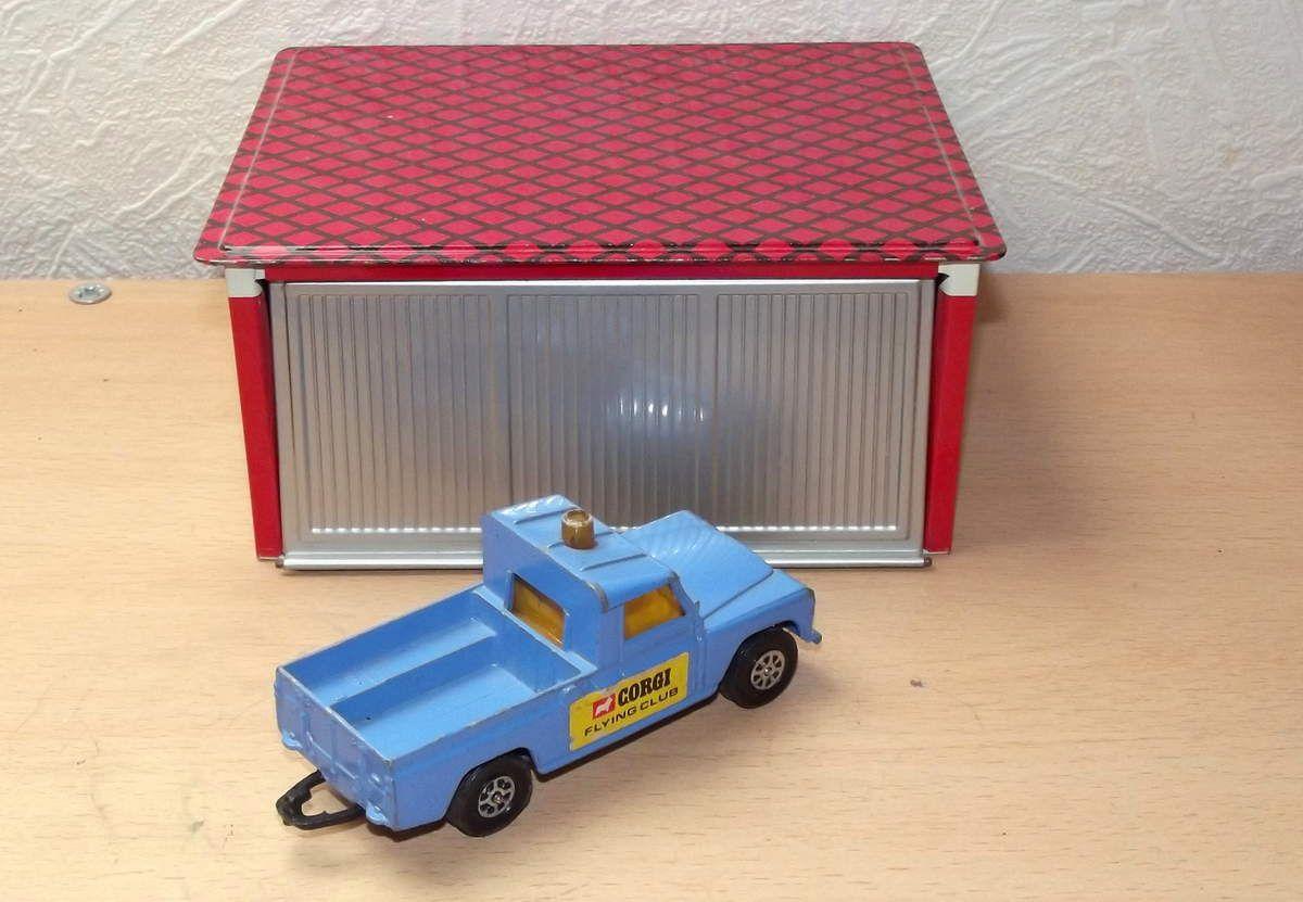 Corgi Toys Land rover 109