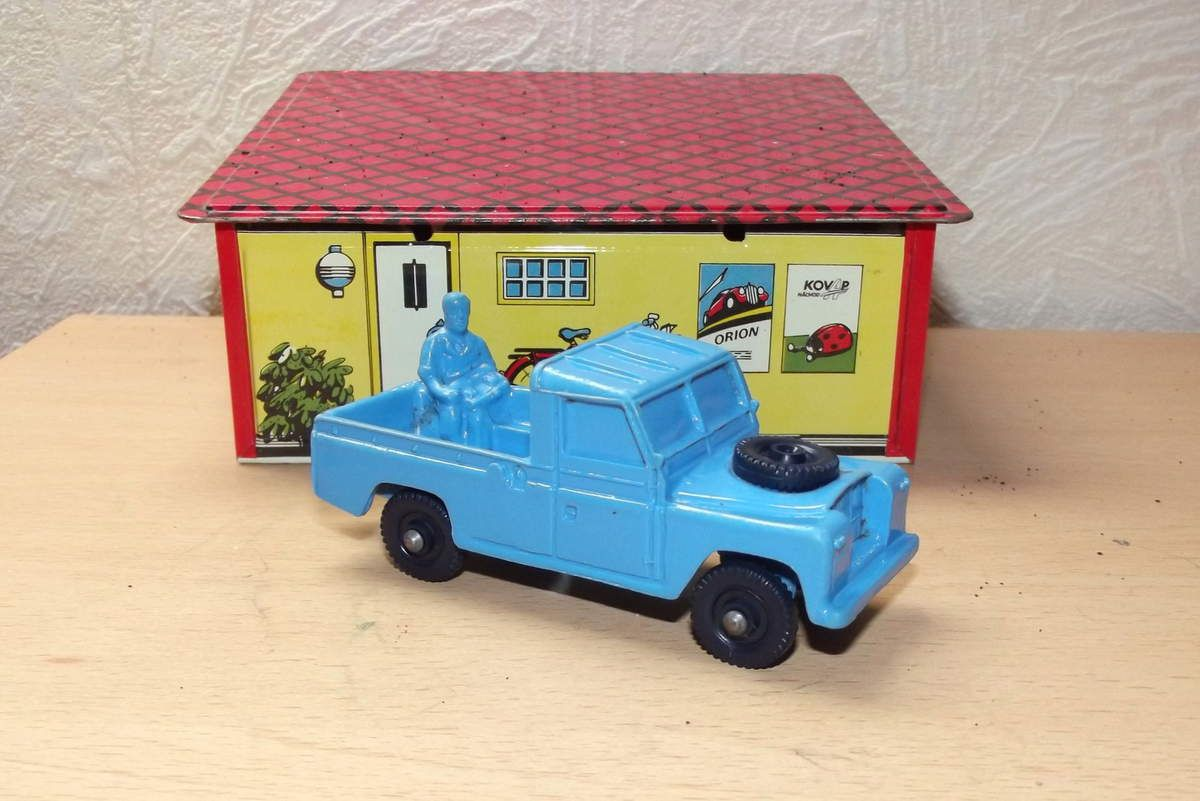Tomte Laerdal Land rover plateau  pick up