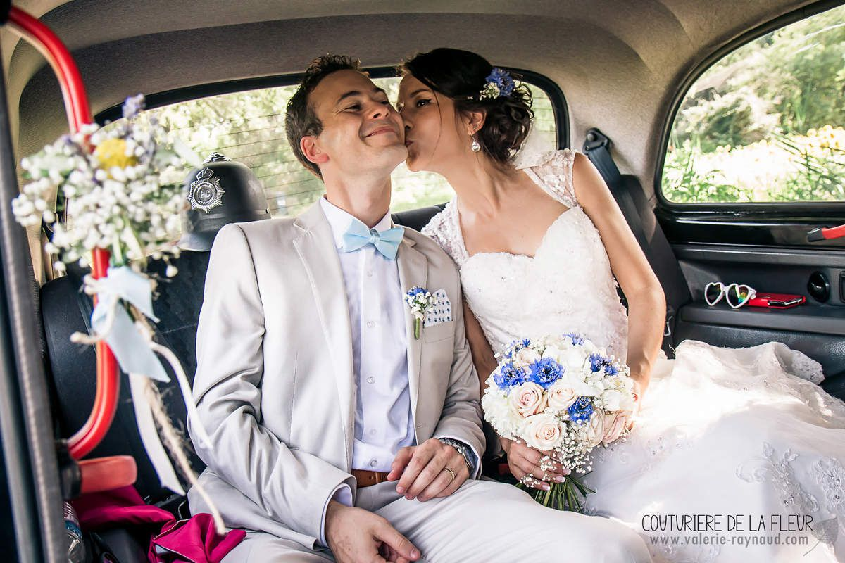 Mariage Something Blue au Mas des Thyms, Arles