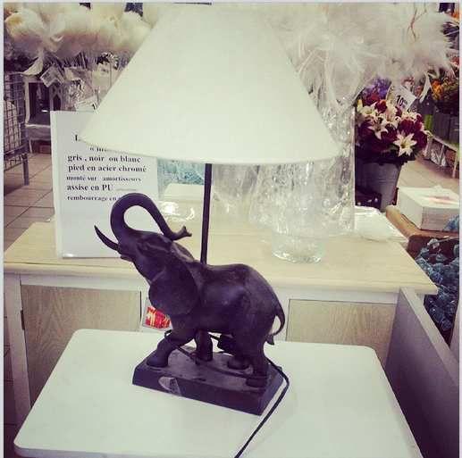 Lampe éléphant chez l'Incroyable