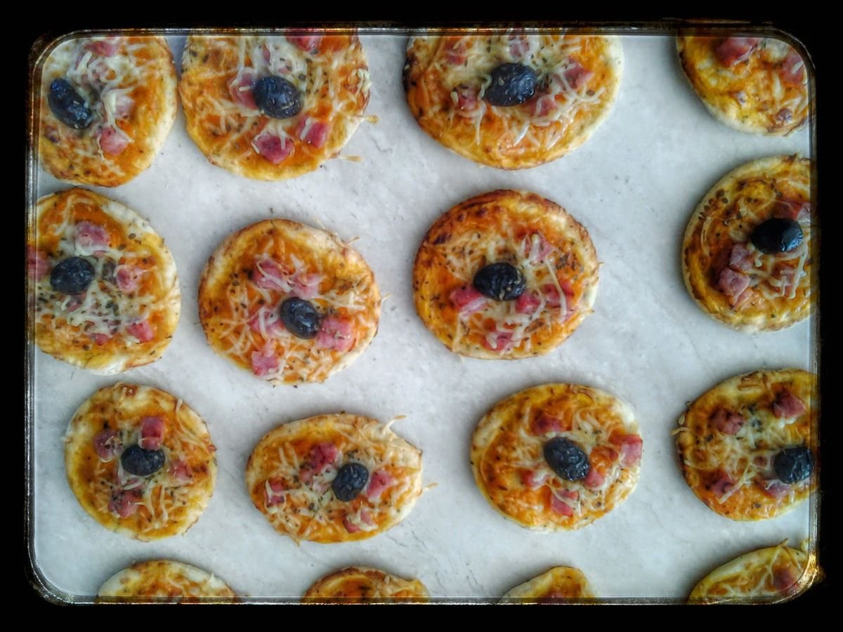 mini pizza jambon fromage au thermomix ou au kitchenaid la cuisine de poupoule