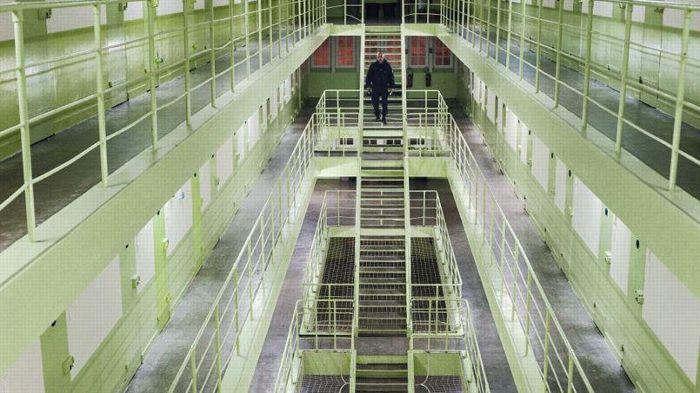 Prisons – on enferme, on colmate, on se venge