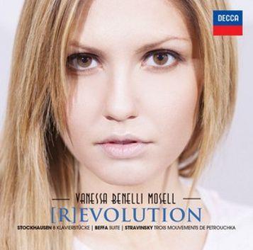 Vanessa Benelli Mosell, [R]evolution