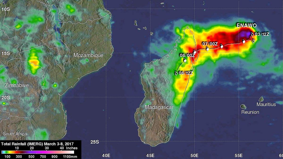 Die Verteilung der Regenmengen des Zyklons Enawo über Madagaskar bis zum 8. März 12 Uhr Quelle: NASA/JAXA, Hal Pierce