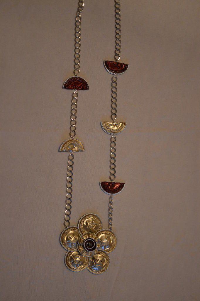 collier fleur plate en capsules nespresso l et ses p 39 tites mains. Black Bedroom Furniture Sets. Home Design Ideas