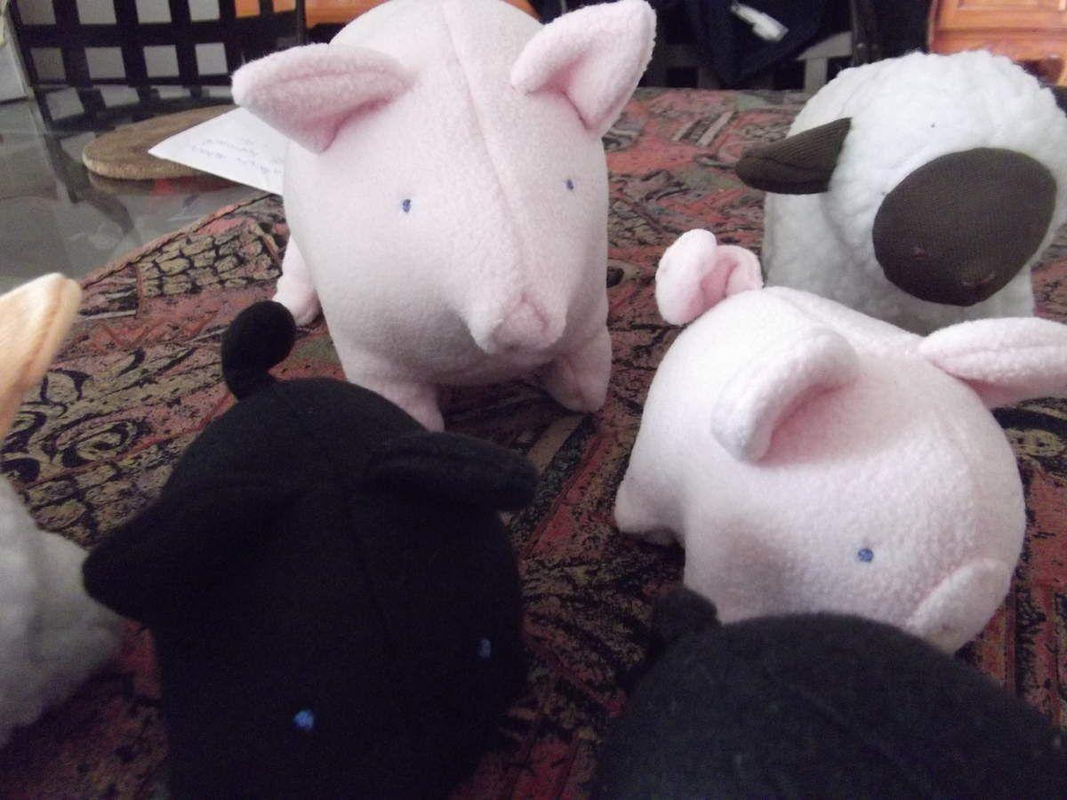 Un troupeau sur ma table de salle à manger !!!